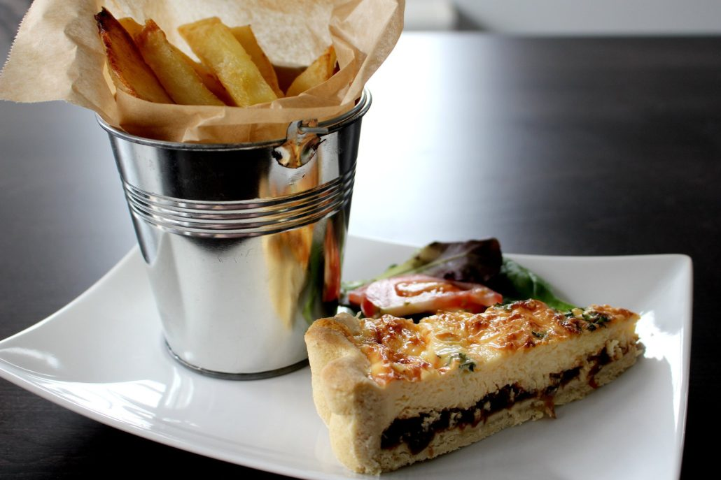 Dining at Parade House in Monmouth - Quiche and a bucket of chips