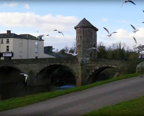 Parade House in Monmouth - Monnow Bridge in Monmouth, Wales, is the only remaining fortified river bridge in Great Britain